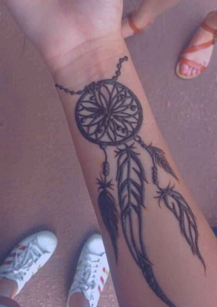 tatuaje-mujer-mano